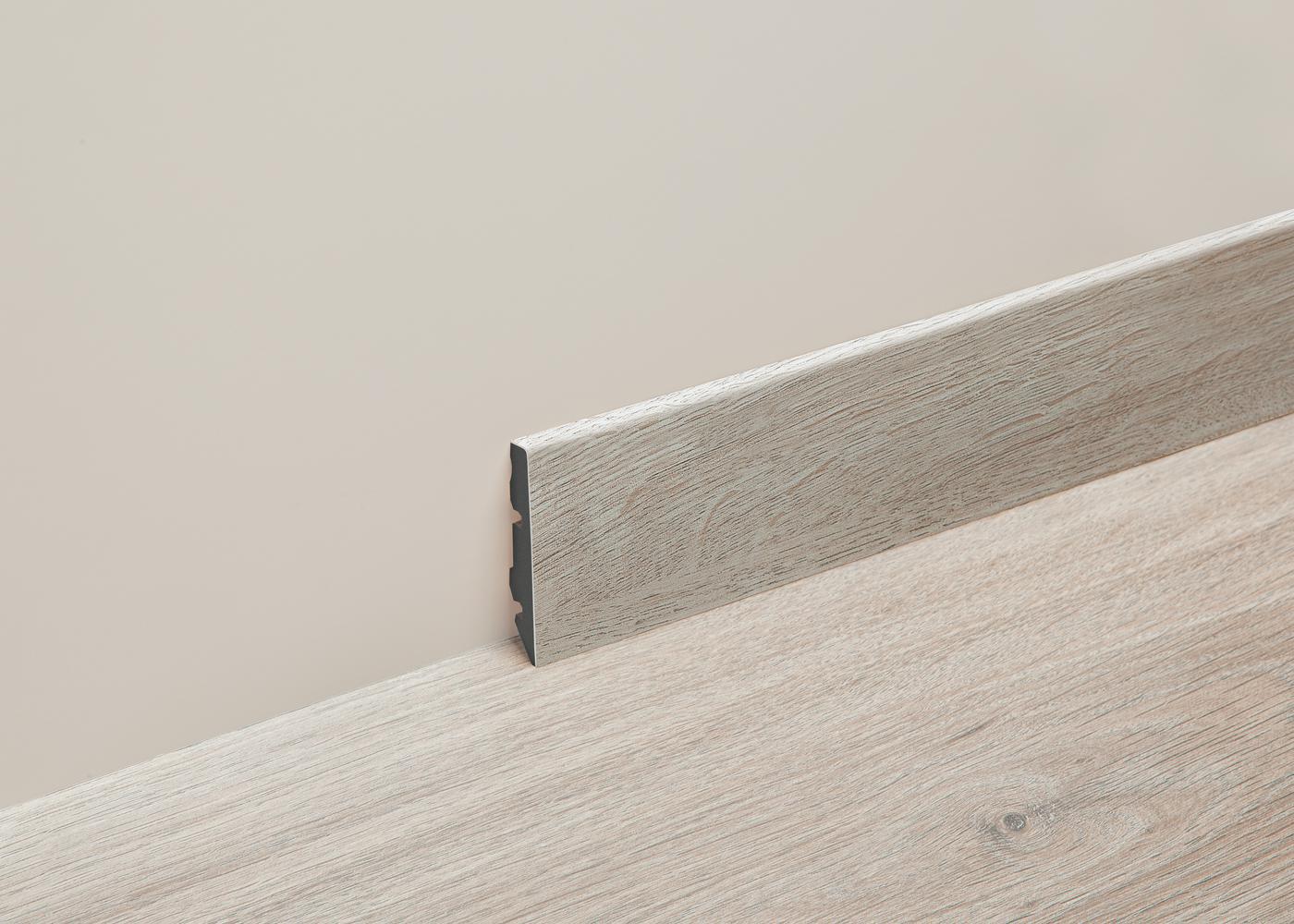 Plinthe support PVC pour sol vinyle, résistante à l'eau Zinc 679M