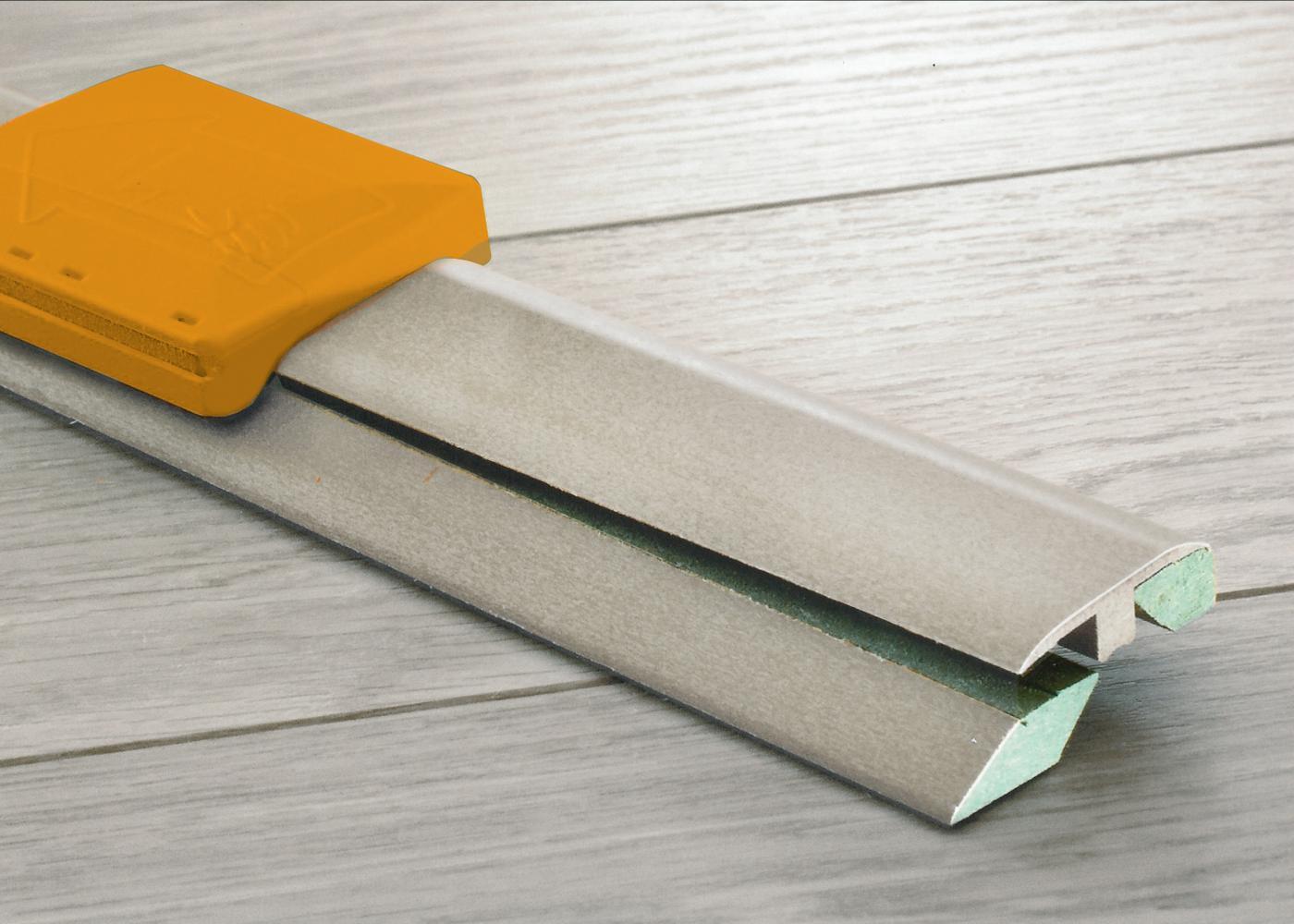 Profilé 3 en 1 pour sol vinyle LVT, support MDF Zinc 616M
