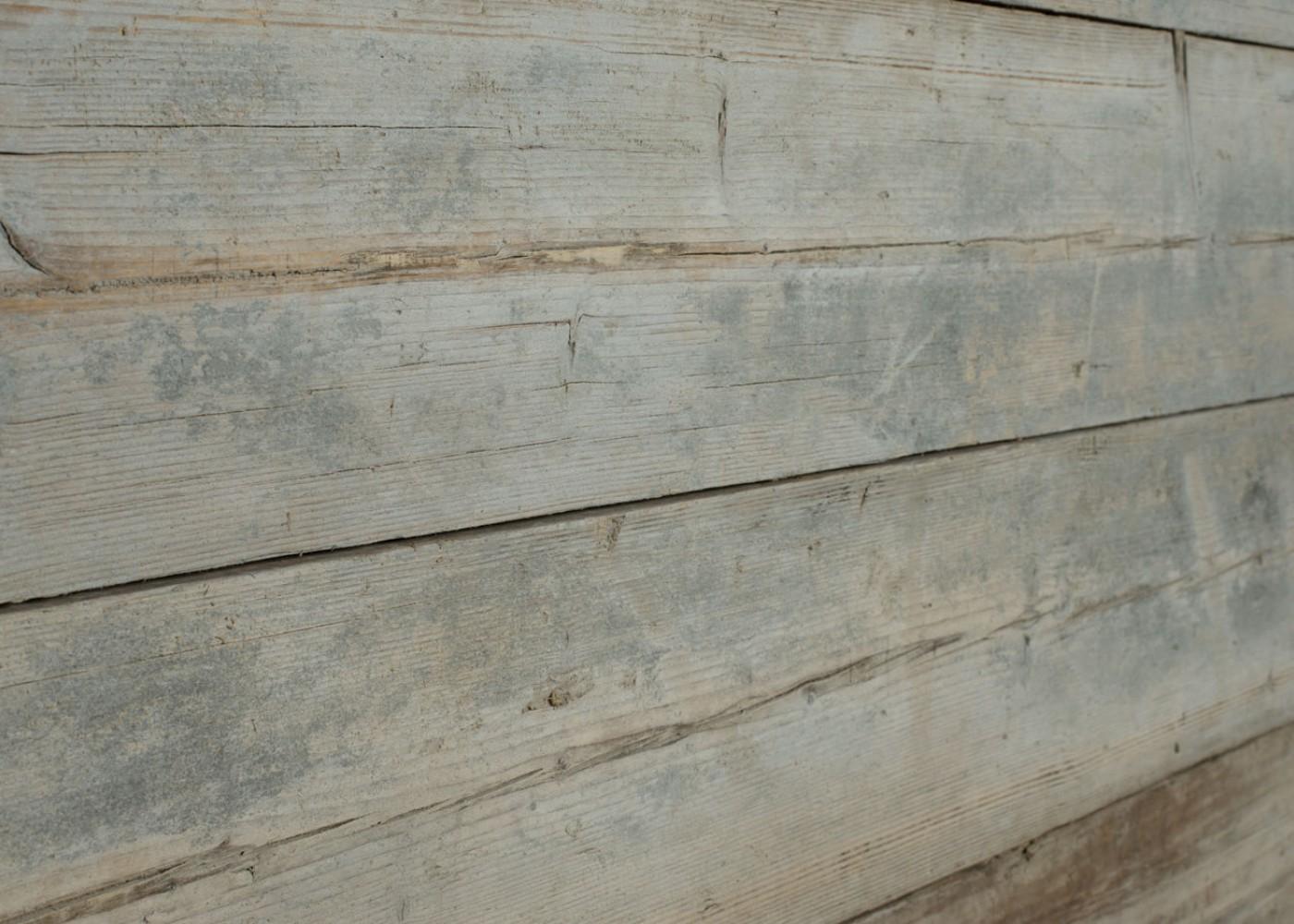 Bardage Monolame Vieux Bois Résineux d'Echafaudage Brut Avec Brossé Métalique En Bout