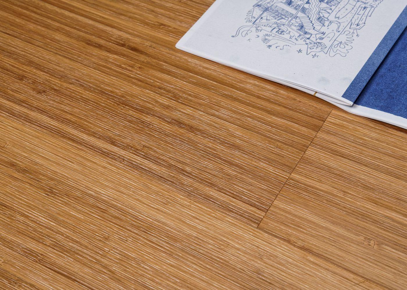 Parquet bambou contrecollé Café densifié brossé vernis invisible 10x125x920