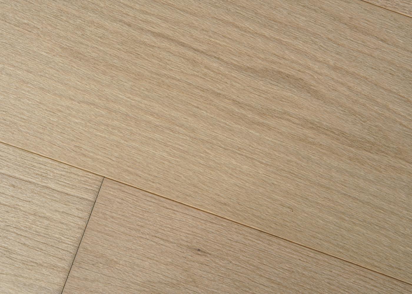 Parquet chêne contrecollé VARENNE brossé huile UV Select support HDF 10x92x1420