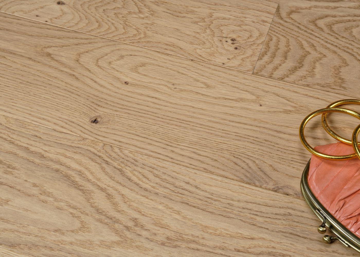 Parquet chêne contrecollé PALAIS ROYAL brossé vernis mat Elégance 14x184x1700