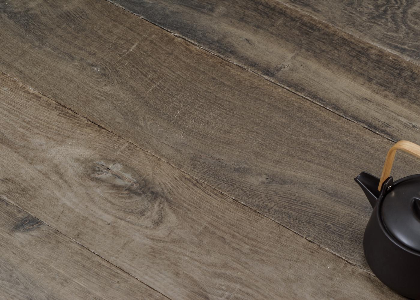 Parquet chêne massif CANARIES vieilli huile aqua 15x120-200x1800-2700