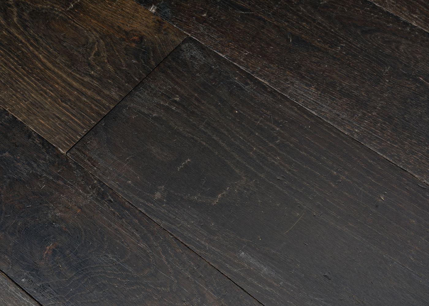 Parquet chêne massif SHEFFIELD vieilli huile cire 15x120-200x1800-2700