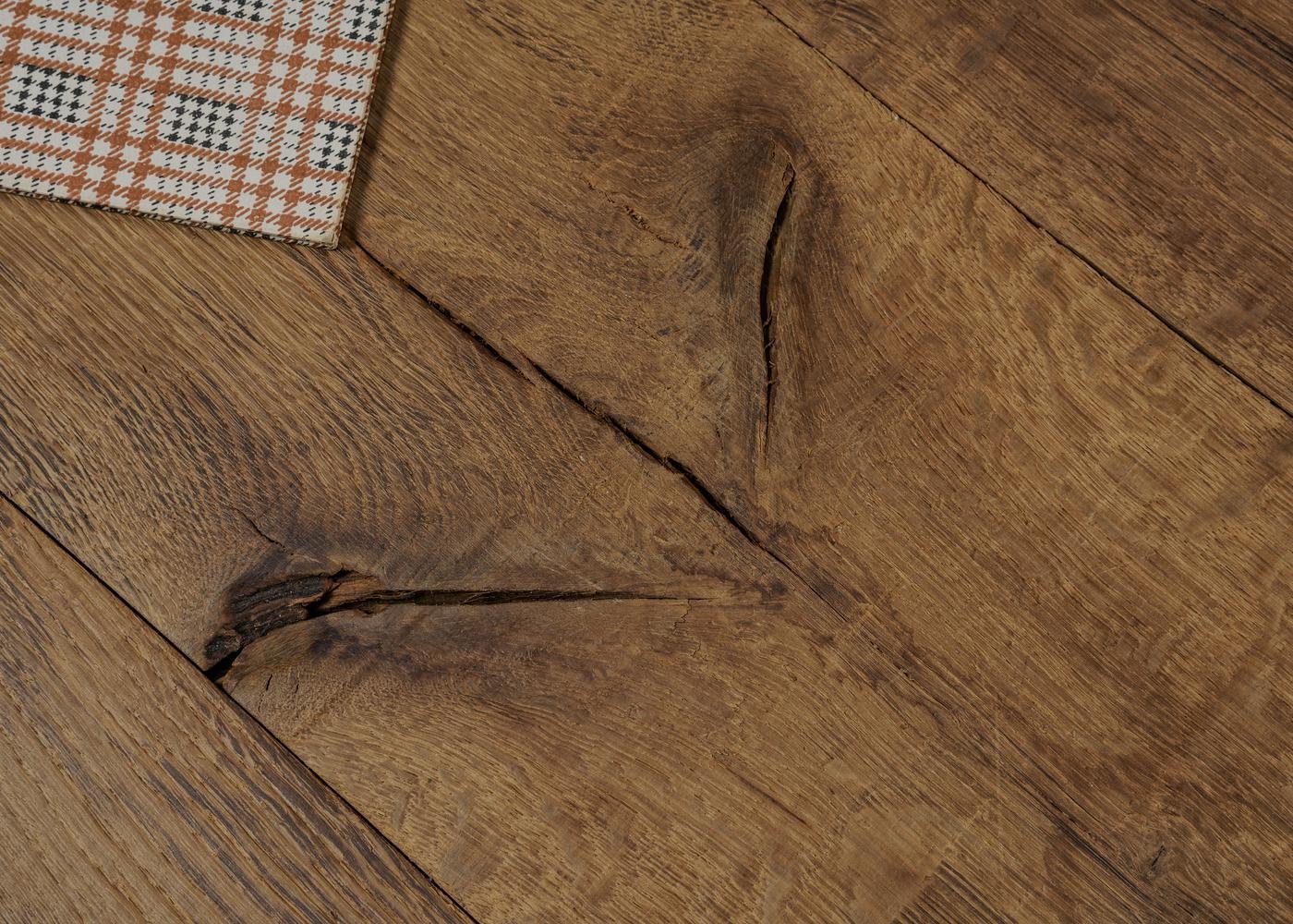 Parquet chêne massif WAX vieilli usé déformé pré-huilé aqua +-21x140-220x1800-2700