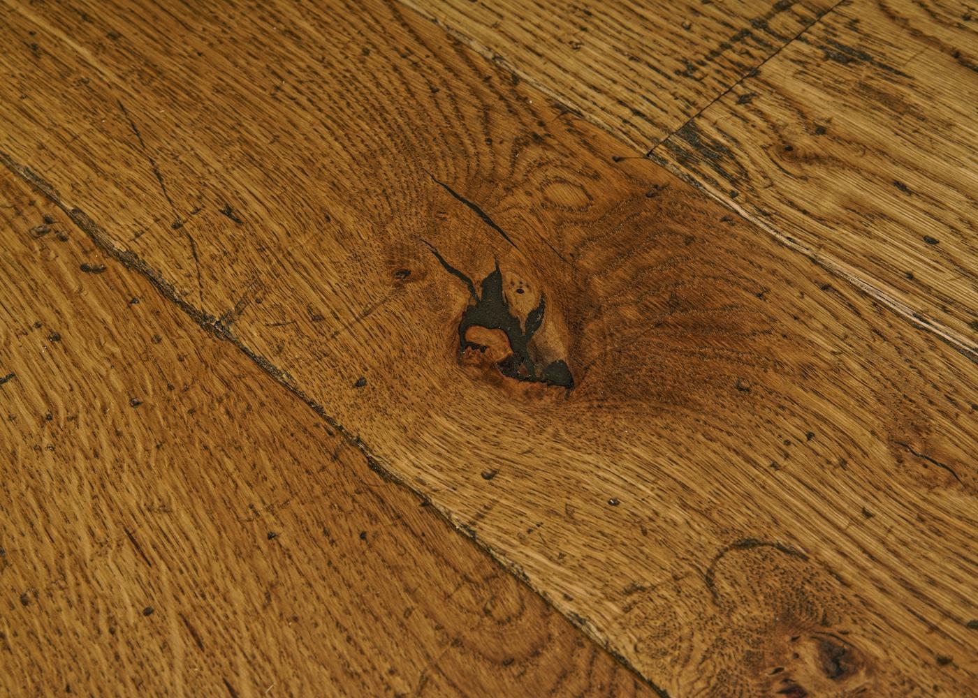 Parquet chêne massif SIDNEY Elégance vieilli très accentué huile cire 14x110x500-2000