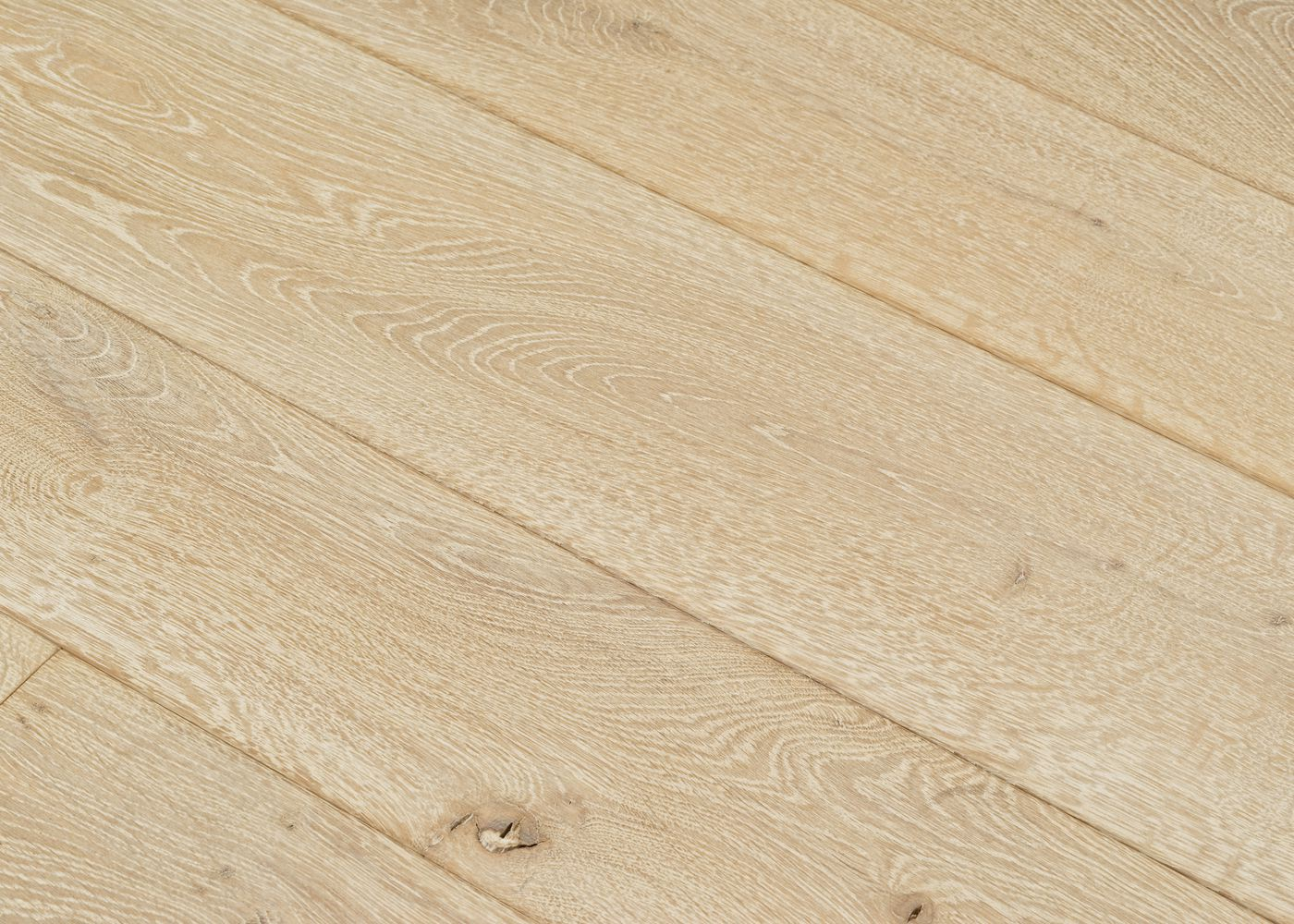 Parquet chêne massif BURANO noeuds ouverts Matière noeuds ouverts huile cire 20x160/180/200x400-2400