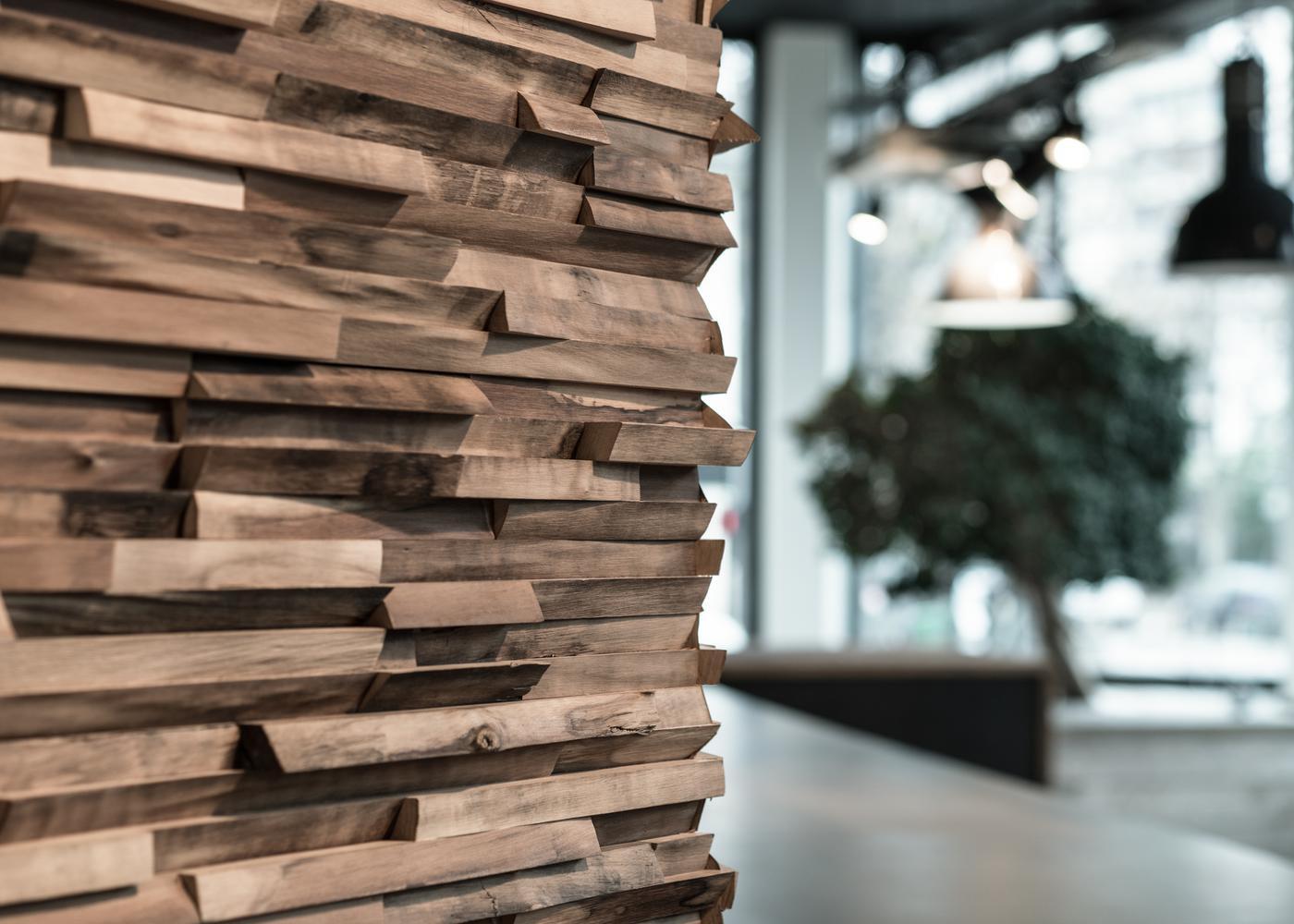 Bardage Déstructuré Monolame Wood Lab En Noyer étuvé Fabriqué à La Main Avec Des Résidus De Bois