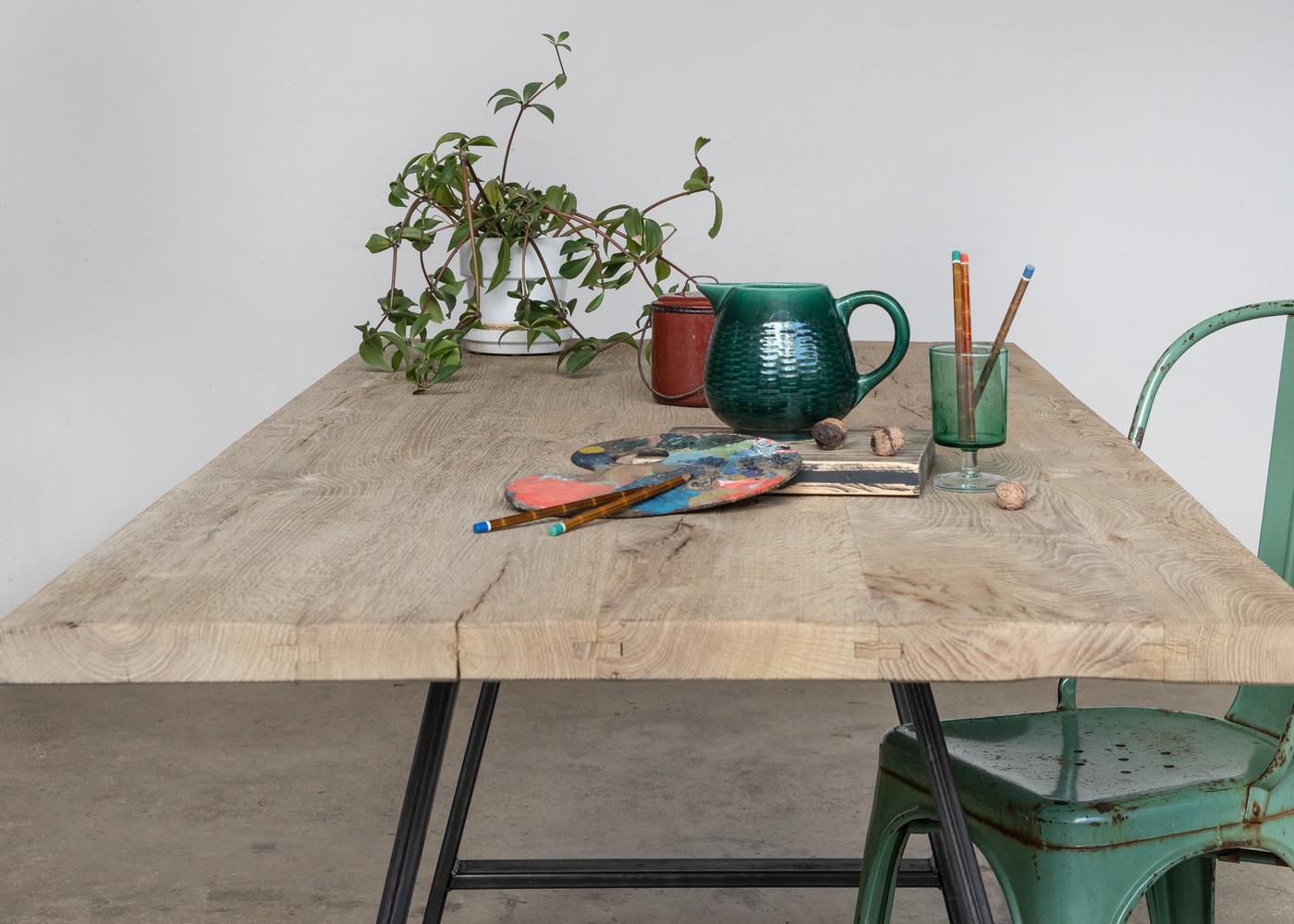Plateau de table STAVANGER à partir de vieux fond de wagon chêne teinte grise - (longueur maximum 2600mm)