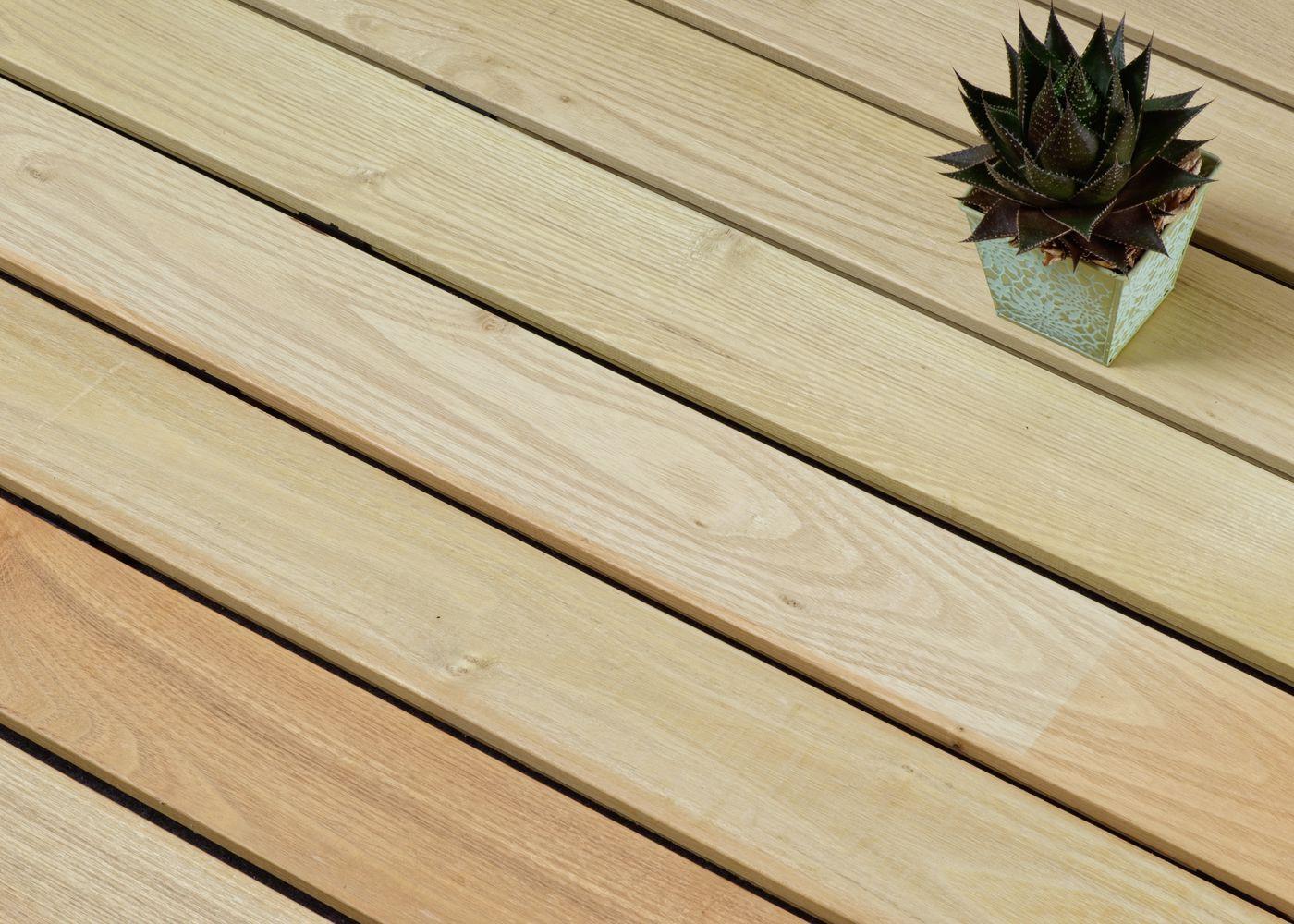 Acacia choix courant rives arrondies fixation invisible - profil b-fixe - 1 face profil lisse ou 1 face profil Bombé à preciser à la commande - (longueurs panachées : 1200-1600-2000-2400mm) coupe droite en bout - PEFC 22x110x1200-2400
