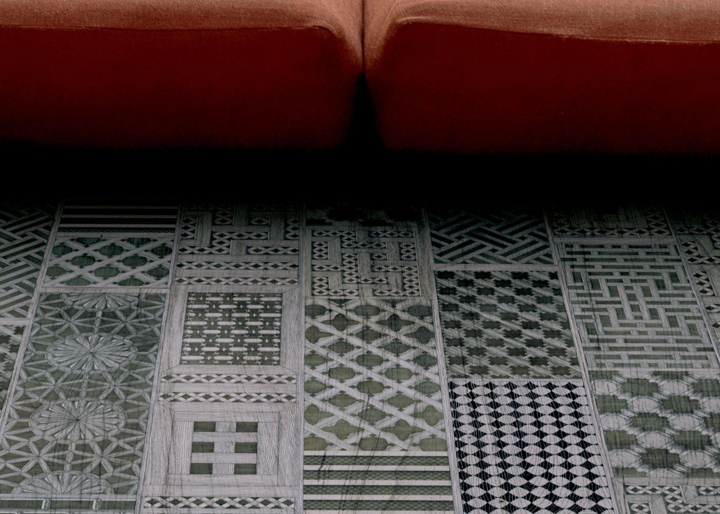 Parquet Contrecollé Monolame Chêne G4 Prbis Contemporain Vernis Brossé Mat Teinte Blanche (sw)- Design Musciarabia 2 (piero Fornasetti )- Pefc - Fsc