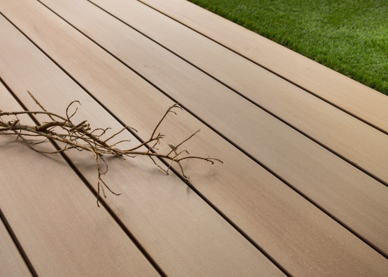 Lame Terrasse Bois Composite Teinte Emotion Savane Lisse Fixation Invisible 23x138x4000