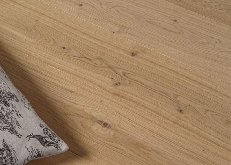 Parquet chêne contrecollé CÔME brossé vernis mat Matière support HDF 14x194x1940 - 41,40 m2 - Lot 88