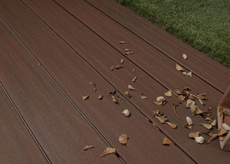 Lame de terrasse bois composite co-extrudé brossé PEFC Brun Sau Paulo 23x138x4000