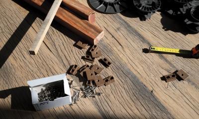Kit de pose pour bois européens avec fixations invisibles ou à visser