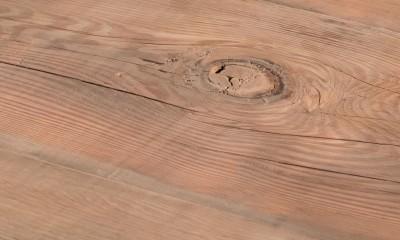Plateau de table HEIDELBERG à partir d'ancienne poutre douglas brut - (qualité rustique avec présence de noeuds)