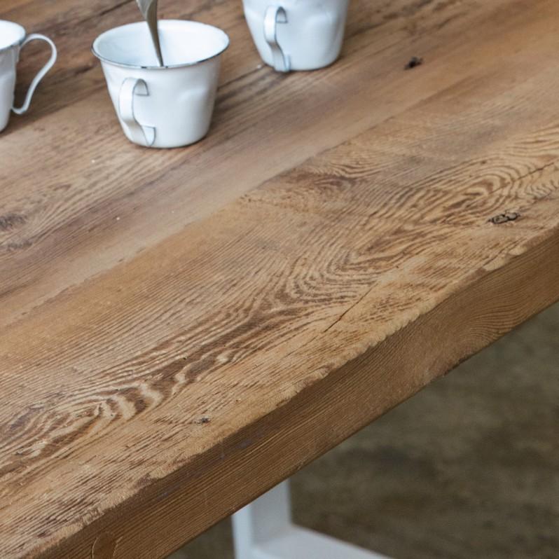 Plateau de table HELSINKI à partir de vieux plancher pin blanc/orme/frêne brut (qualité rustique avec présence de noeuds) - (longueur max 4000mm)