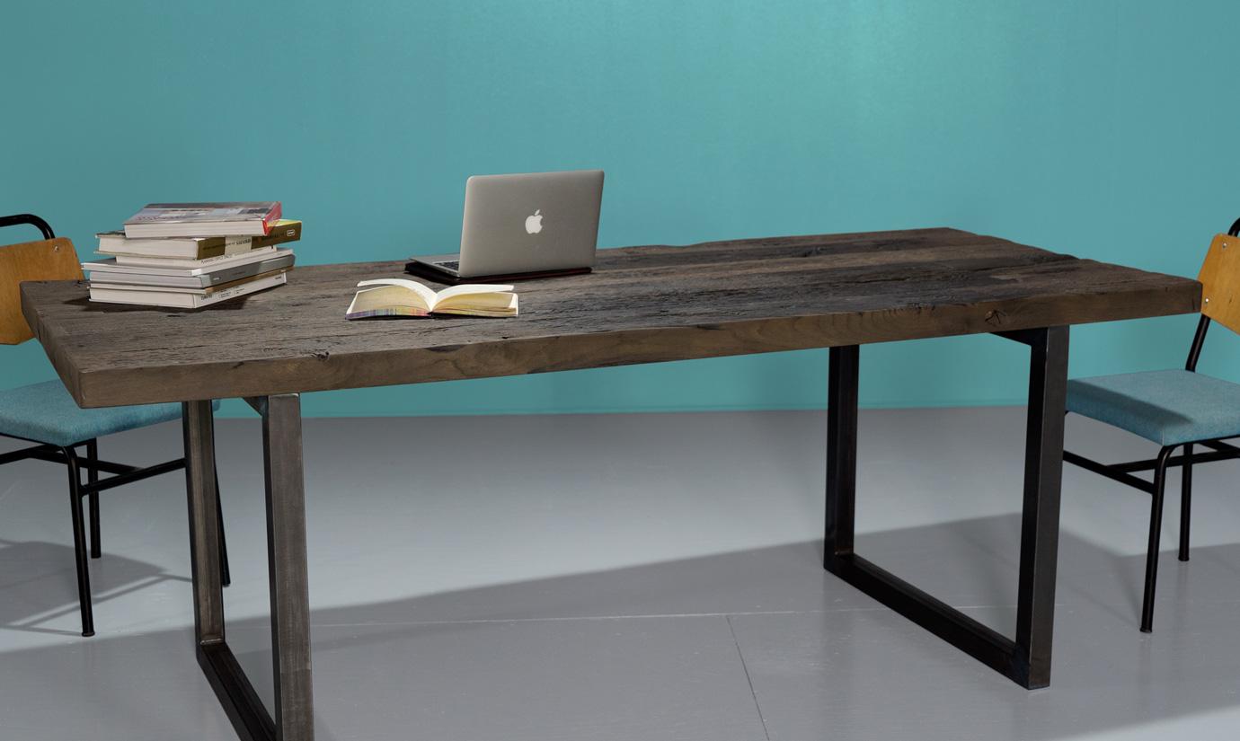 table sur mesure en vieux bois ch ne fond de wagon. Black Bedroom Furniture Sets. Home Design Ideas